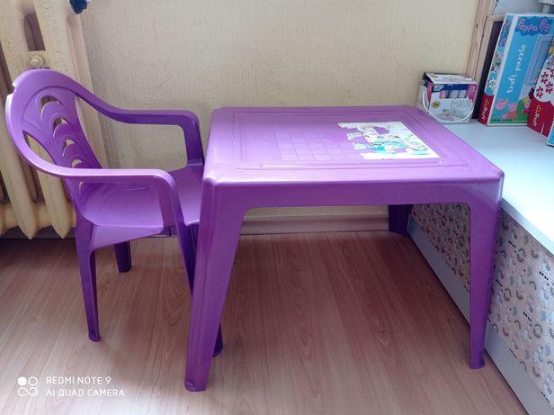 Stoliczek+ krzesełko