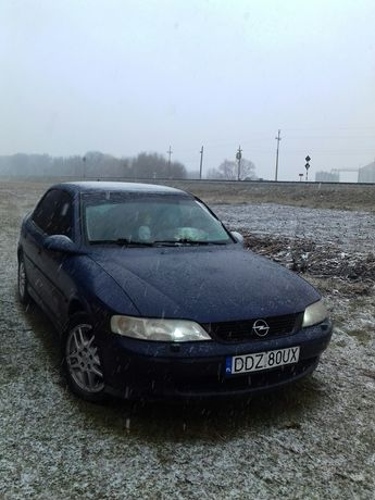 Opel vectra b. .