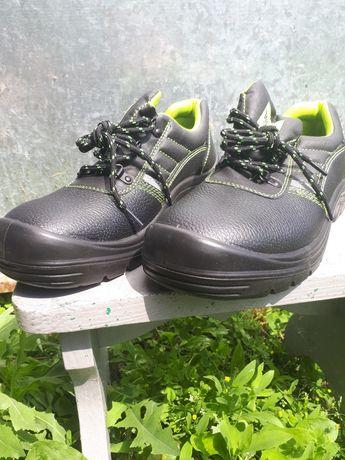 Продам робочі туфлі