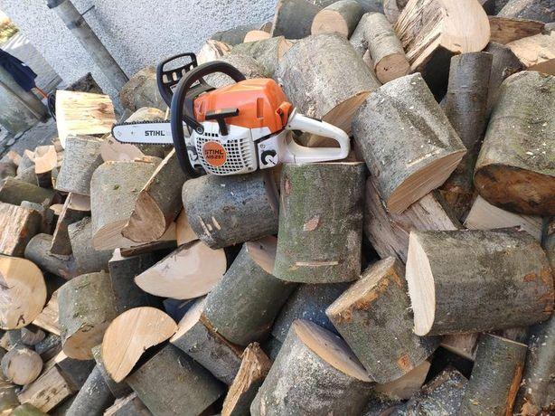 Порізка дров. Звалювання аварійних дерев