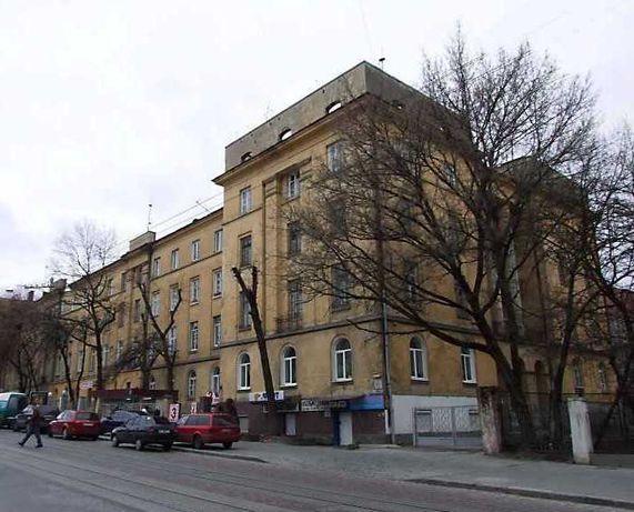 Продається 4-кім (130 кв.м) квартира біля Цирку