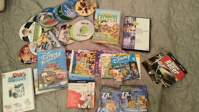 Zestaw gier, programów, poradników słowników na CD ROM