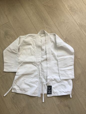 Кимоно, каратэ ги, белый пояс каратэ