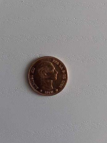 Moeda espanhola de 10 pesetas em ouro