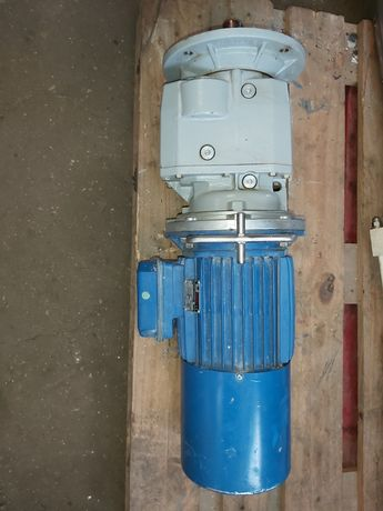 Silnik z reduktorem 3kW,  224 obr - części