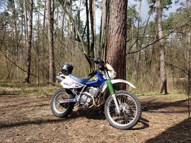 Мотоцикл Эндуро Suzuki DR250R Djebel (32л.с. 4Т) 1995 г.в