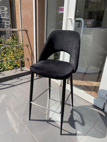 Продаю стул визажиста