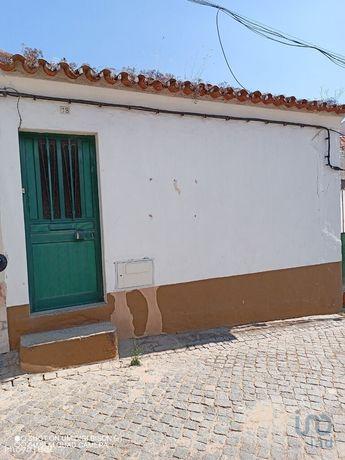 Moradia - 50 m² - T2