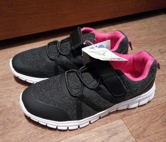 Легкие кроссовки девочке 32 размер.Германия Walkx kids