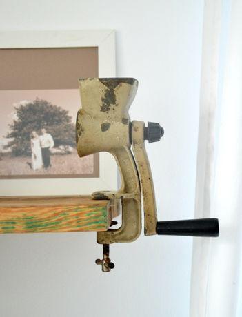 Stary młynek maszynka do mielenia wys 19 cm