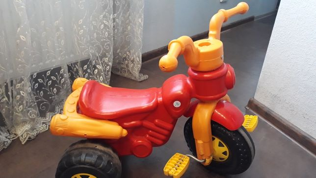 велосипед триколісний ТЕРМІНОВО до КІНЦЯ МІСЯЦЯ