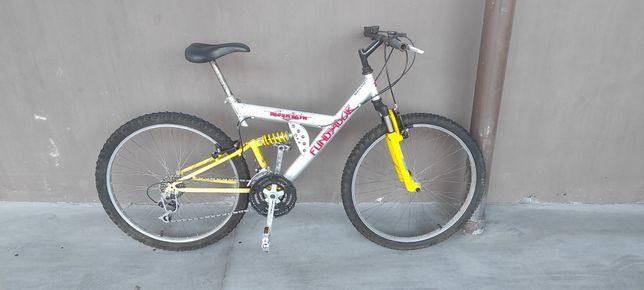 Bicicleta Montanha suspensão total Roda 26