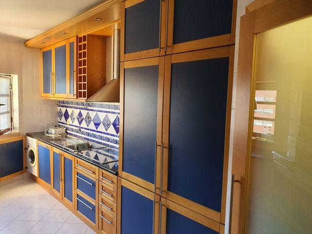 Móveis  de cozinha  em faia