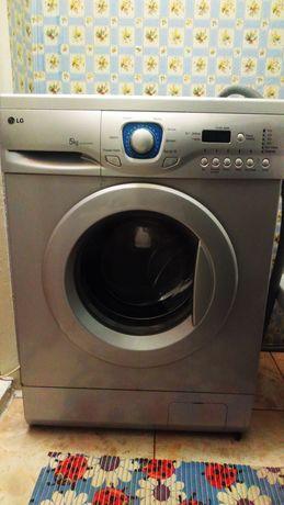 LG стиральна машина 5кг
