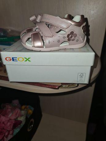 Босоножки Geox для девочки