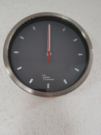 Zegar ścienny nowy