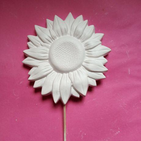 Gipsowy kwiatek słonecznik na patyku  10 sztuk