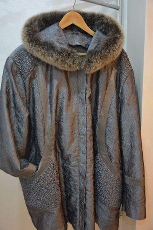 Продам Куртка легкая женская с мехом