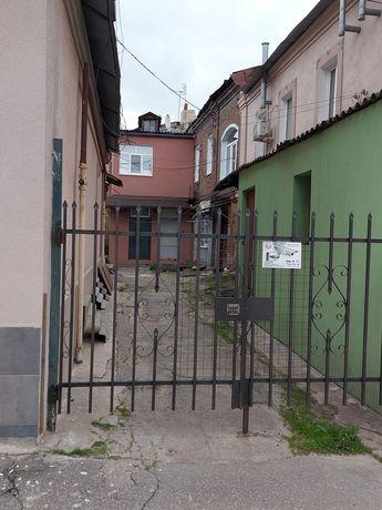 Продам 2х комнатную квартиру  ул.Москалевская 27