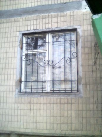 Решётки на окна и балконы. Заборы ворота и калитки.