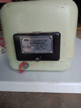 Стабилизатор напряжения 220/380,C 0,28