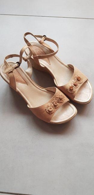 Sandaly damskie