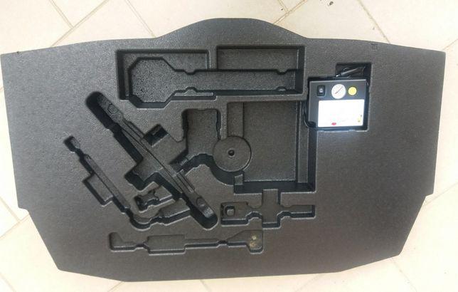 Resguardo traseiro - Tapete - Compressor Toyota CHR