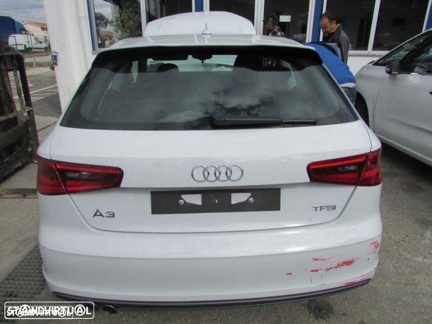 Peças Audi A3 1.4 TFSI do ano 2013 (CMB)