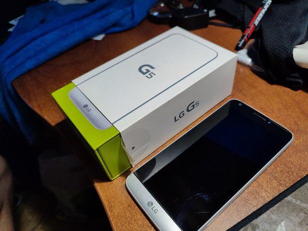 Продам телефон LG G5 куплен официально, не под оператором 3 4. Не REF!