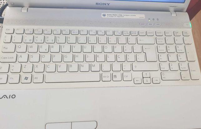 Vendo portátil Sony Vaio