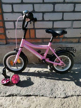 Дитячий велосипед(для дівчинки)