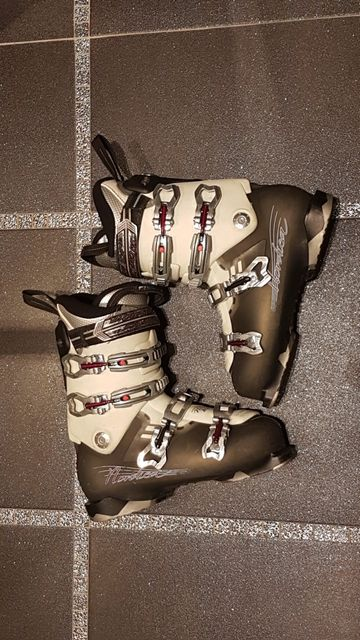 Buty narciarskie damskie Nordica NXT N3 W rozmiar MP 27 - 27,5