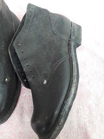 Кирзовые ботинки