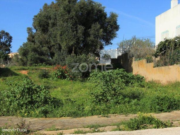 Terreno na Quinta do Pinheiro 375m2
