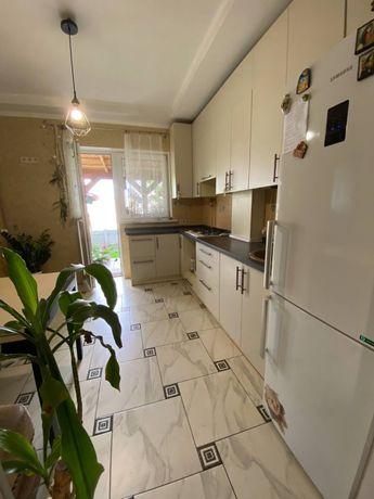Своя квартира с двориком, ремонтом, мебелью и техникой.Святопетровское
