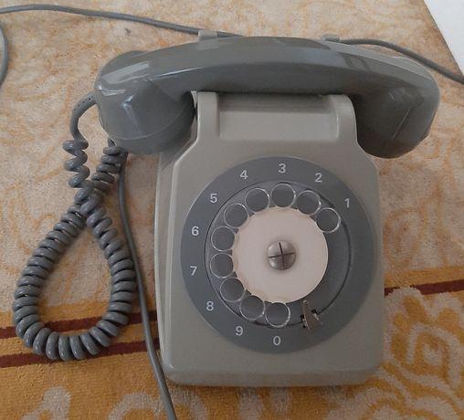 Telefone antigo cinzento