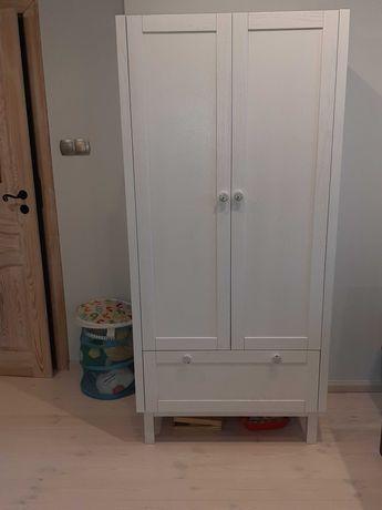 Szafa dla dziecka drewniana na wzór szafy Ikea