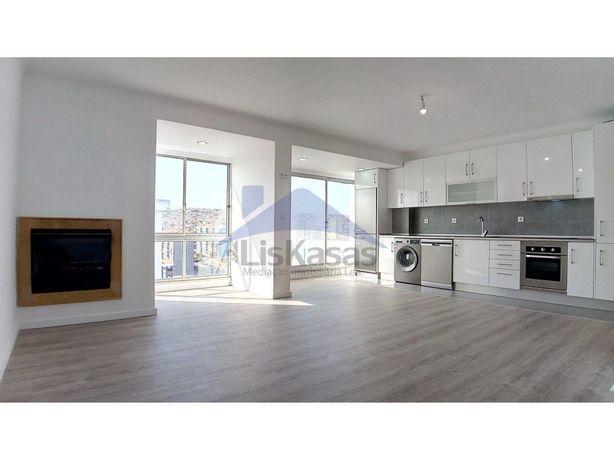 Apartamento T2 remodelado na Arroja, em Odivelas