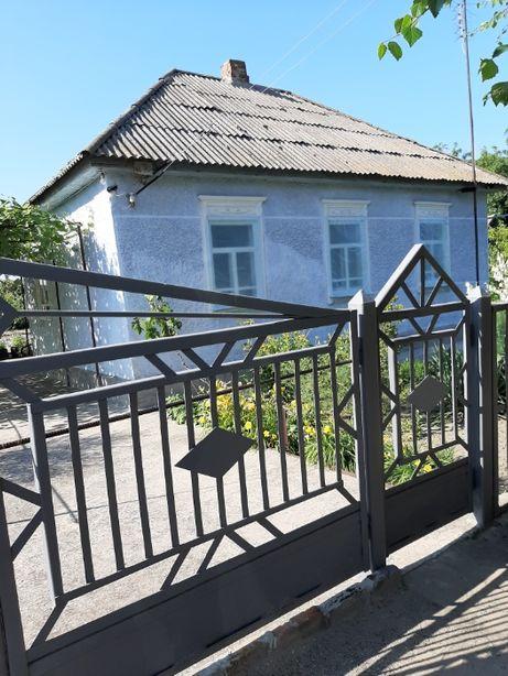 Продам небольшой дом с земельным участком 0,08га