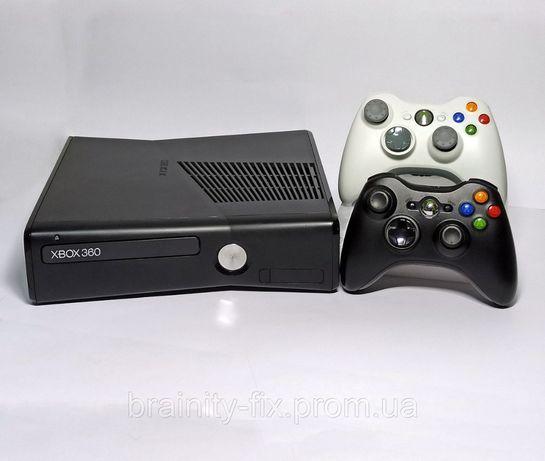 Ігрова приставка Xbox 360 / ПРОШИТА