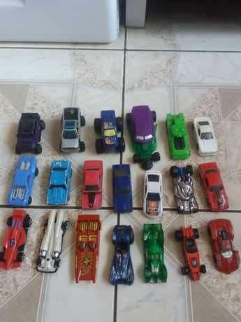 Hot Wheels auta