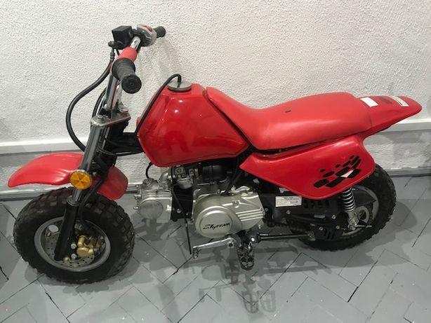 Mini moto CB 50