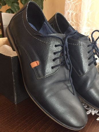 Pantofle skórzane, półbuty męskie