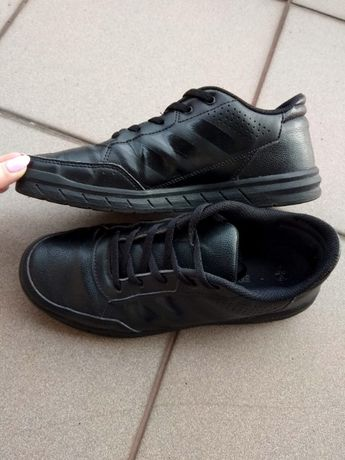 Czarne buty Adidas