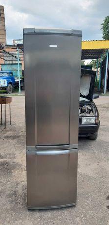 Холодильник Electrolux ENB 38706X