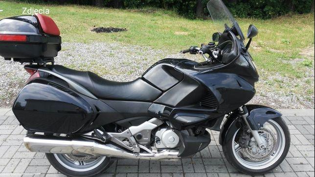 Honda Deauville NT 700 V