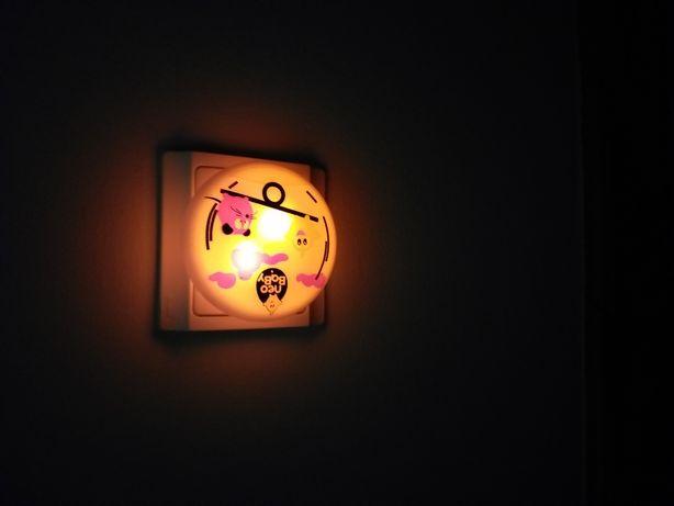 Luz presença bebé