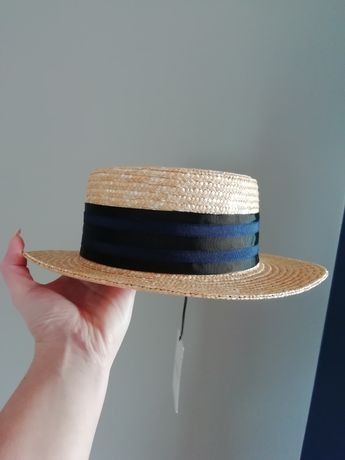 Nowy słomkowy kapelusz na plażę!