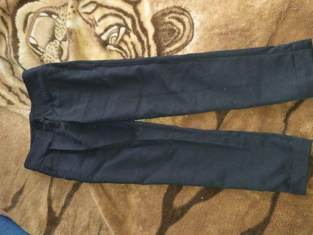 Женские лёгкие брюки