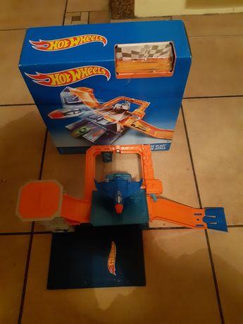Hot Wheels - Sky Base BLAST